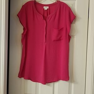 Liz Claiborne xl pink top. Short sleeved.